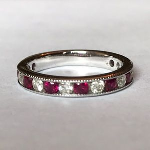 FIRM💎 Ruby and Diamond Band Ring